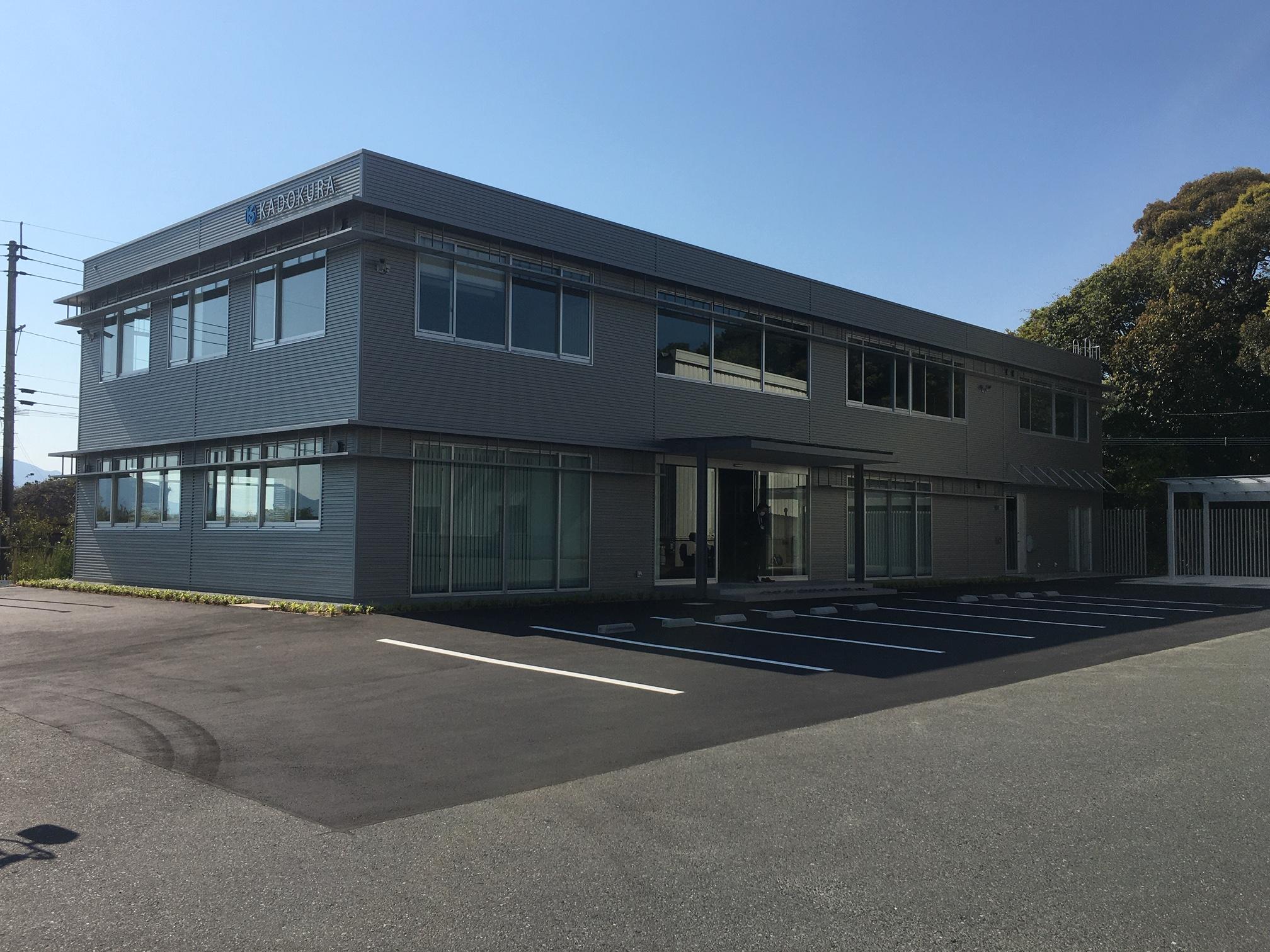 (株)門倉剪断工業様 新事務所移転に伴うレイアウト設計と什器の導入